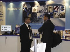 Mark Furlong, NW Area Sales Manager, talks to a customer on the Econosto stand.
