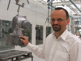 Dr Matthias Rebhan of SIPOS Aktorik supports education of the next generation of engineers