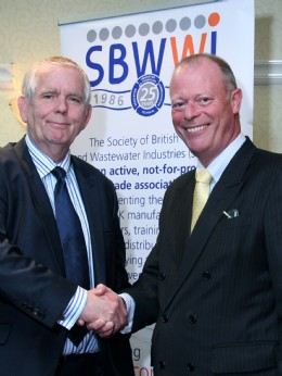 Outgoing chairman Martyn Hopkinson, UK Drainage Network (left), with new chairman Dr David Smoker, Saint-Gobain PAM UK