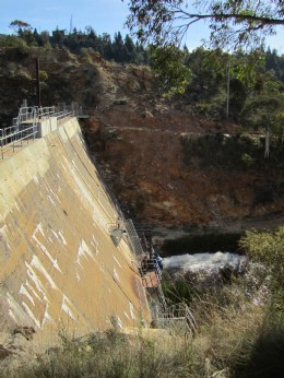 Flood defence at Captains Flat Dam, Canberra