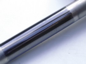B - Here the low flow fugitive emissions grade packing has �treated� the shaft. This has given a smooth grey patina, and the stem moved smoothly with no pick-up of graphite on the surface.