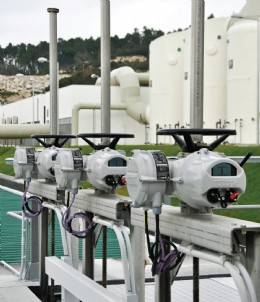 Profibus DP-enabled Rotork IQ intelligent non-intrusive valve actuators support Portugal's plan for advanced wastewater treatment.